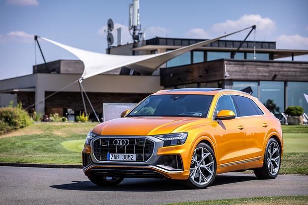 Poprvé za volantem Audi Q8 a Audi A6. Mimo ateliér to Audi Q8 sluší ještě více