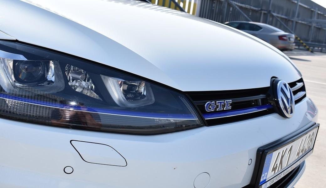 Srovnání spotřeby Volkswagenů e-Golf, Golf GTE a Golf TSI