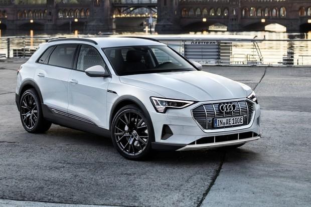 Elektrické Audi e-tron si oblíbili i Češi. Víme, kolik jich už podalo objednávku