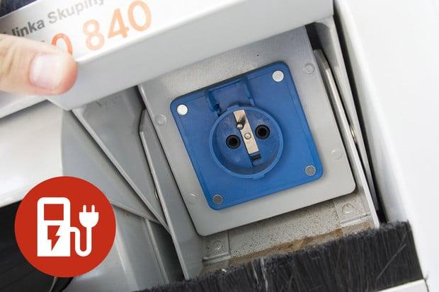 Nabíjíme elektromobil: domácí 230V zásuvka