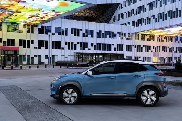 Hyundai Kona EV ujel při testovací jízdě téměř 400 kilometrů na jedno nabití