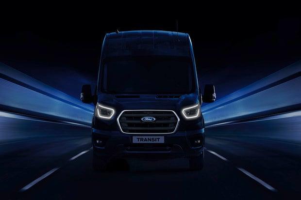 Ford se v Hannoveru vytáhne. Ukáže nejen Transit PHEV i mHEV
