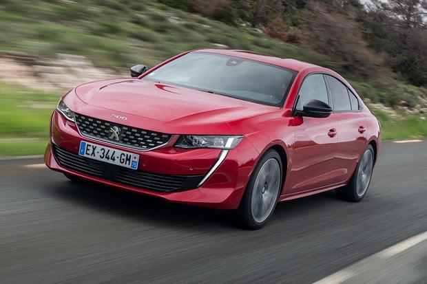 Peugeot 508 má skvělý podvozek. Plug-in hybridní verze dorazí příští rok