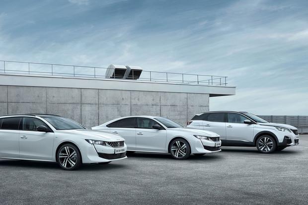 Peugeot má české ceny plug-in hybridních modelů. Pod milion se dostanete jen nyní