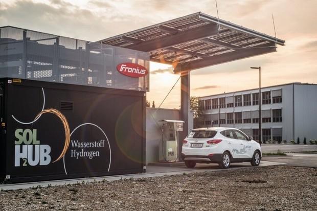 V Rakousku otevírají první solární vodíkovou čerpací stanici