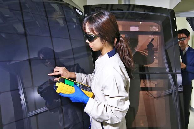 Hyundai nasadí na auta solární panely. Prý to pomůže s plněním emisních norem