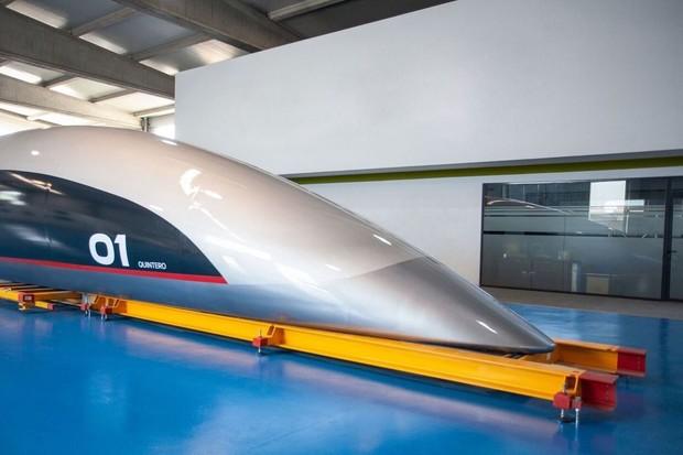 HyperloopTT odhaluje své kapsle. Testovat se budou v Toulouse