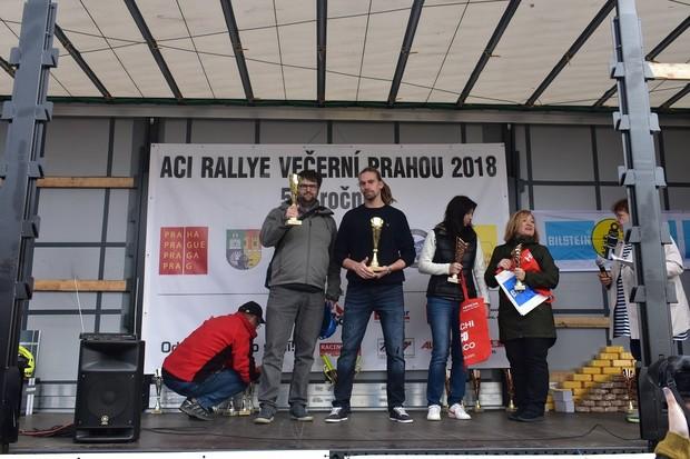 Redaktoři fDrive ovládli kategorii elektromobilů v Rallye večerní Prahou