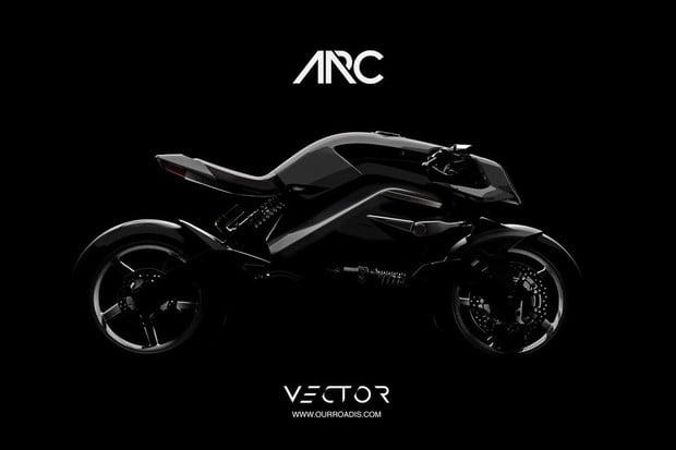 Na motorce jako nikdy předtím. Arc Vector přichází s doposud nevídanou technologií