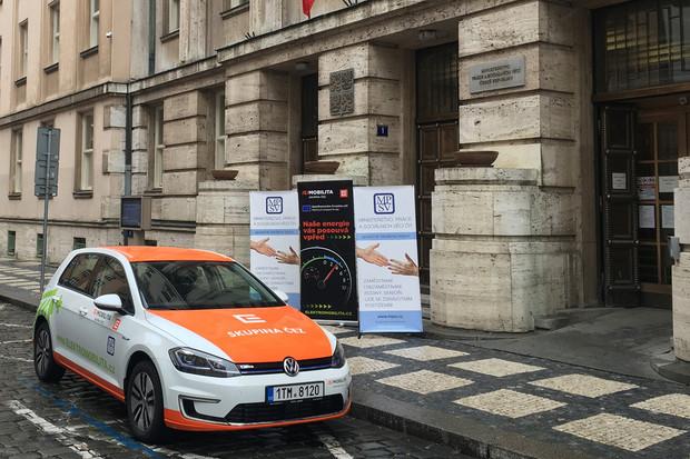 Elektromobilem od ČEZ už jezdí i pracovníci Ministerstva práce a sociálních věcí