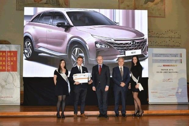 Vodíkový Hyundai Nexo obdržel titul Český energetický a ekologický projekt roku