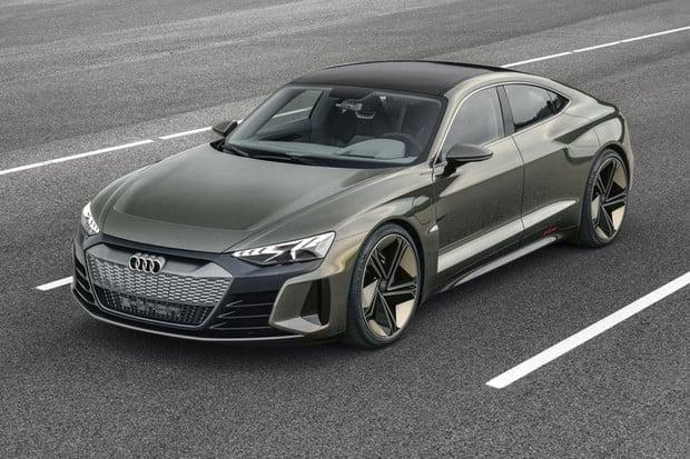 Elektromobil Audi e-tron GT se ukazuje na nových fotkách. Na trh dorazí v roce 2021