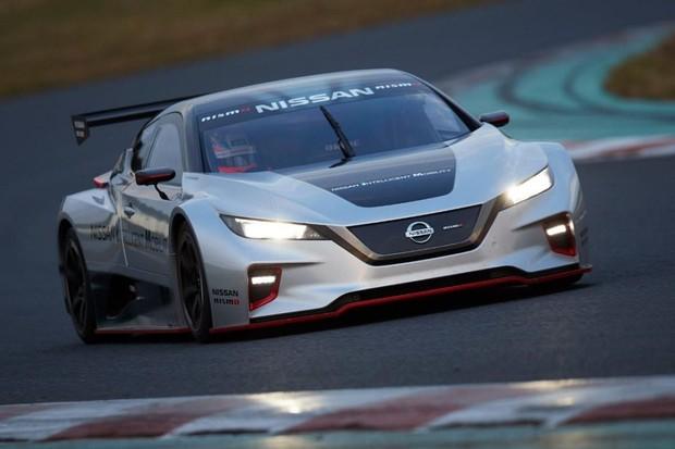 Nissan představil novou generaci závodního elektromobilu Leaf Nismo RC
