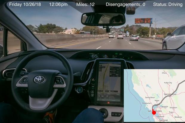 Ze San Francisca do New Yorku bez zásahu do řízení? Pro upravený Prius hračka