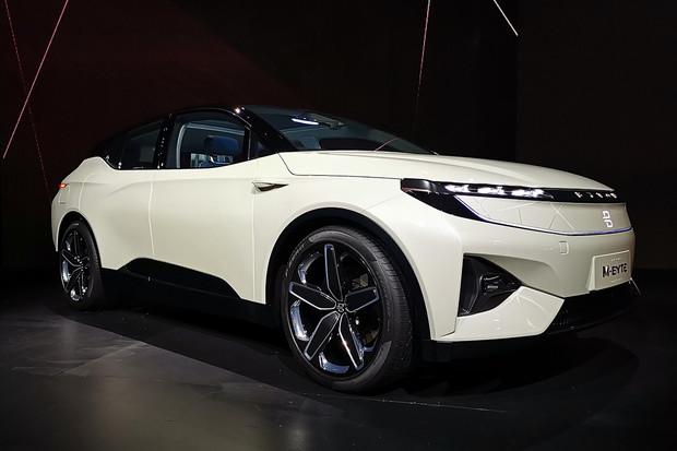 Byton na CESu v Las Vegas ukázal skoro produkční verzi svého elektrického SUV