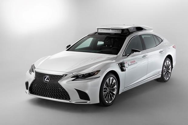 Toyota Research Institute testuje automobil se zcela autonomním řízením