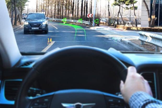 Hyundai věří, že budoucnost čelního skla je v promítání různých informací