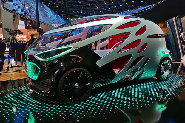 Vision URBANETIC od Mercedesu v Las Vegas nastínil budoucnost autonomních vozidel