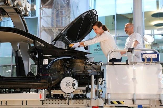 Zákazníci se mohou v Drážďanech podílet na montáži svého nového e-Golfu