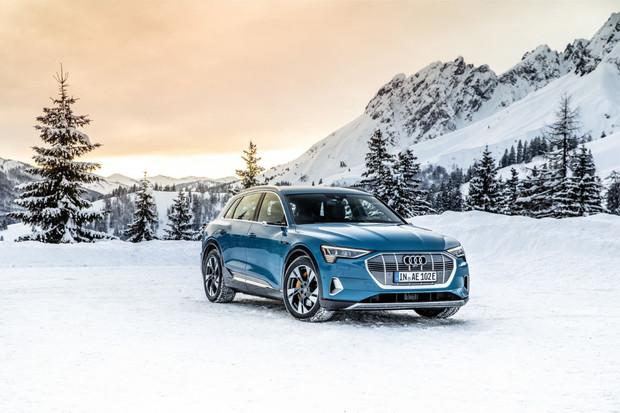 Audi e-tron vstupuje na český trh. Cena startuje nad hranicí dvou milionů korun