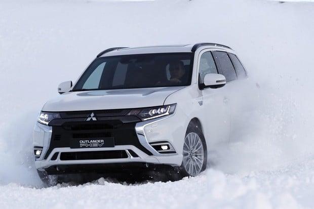 Nejprodávanějším plug-in hybridem v Evropě je Mitsubishi Outlander PHEV
