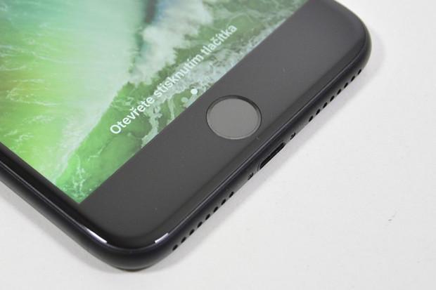 Apple by mohl Touch ID i Face ID dodávat automobilkám