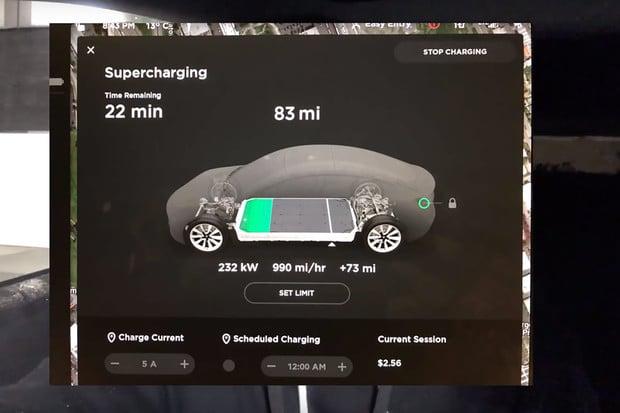Supercharger V3 Teslu Model 3 nabíjí až neuvěřitelně rychle
