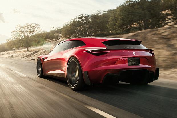 Tesla Roadster s batohem na zádech vypadá sakra dobře