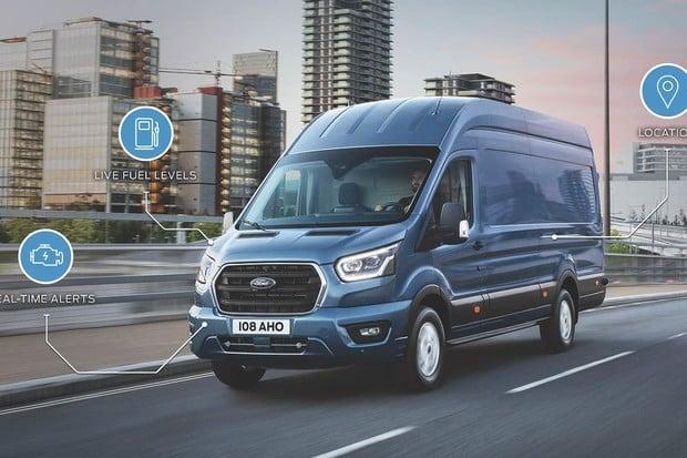 Ford chystá plug-in hybridní i elektrický Transit