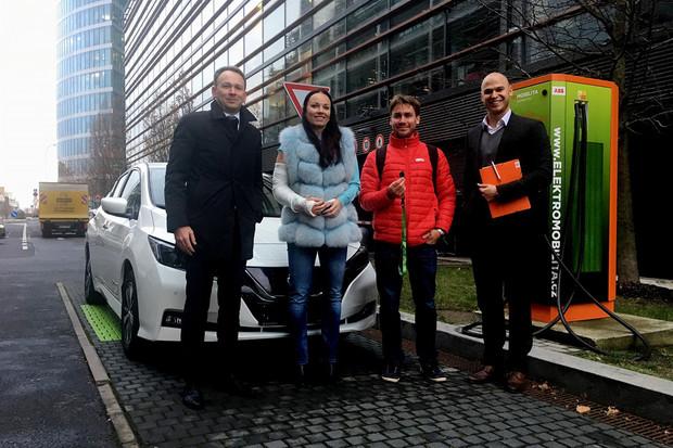 ČEZ se pouští do prodeje elektromobilů. Nabízí zákazníkům komplexní balíček