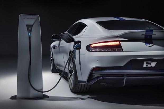 Aston Martin ukázal v Šanghaji nový elektrický služebák Jamese Bonda