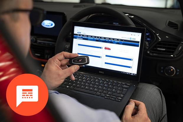Novinky u Tesly, bezpečnější klíček od Fordu či zajímavá aplikace od Kia