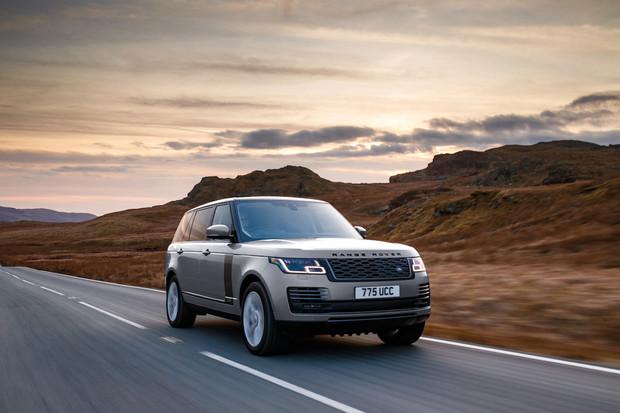 Už i ty, Range Rovere? V nabídce nyní najdete nejen plug-in hybrid, ale i mild-hybrid