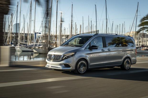 Mercedes si do Frankfurtu připravil celou řadu zajímavostí