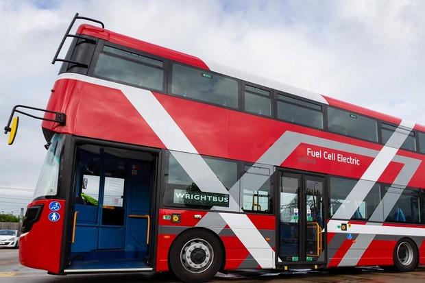 Londýn zahájí provoz vodíkových doubledeckerů již v příštím roce