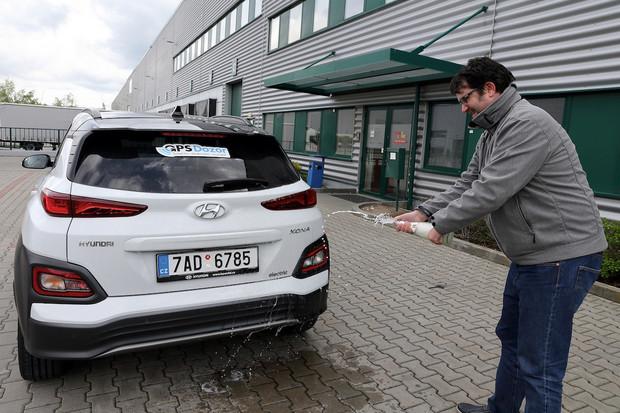 Redakce fDrive.cz pokořila rekord v počtu ujetých kilometrů elektromobilem za 24 hodin