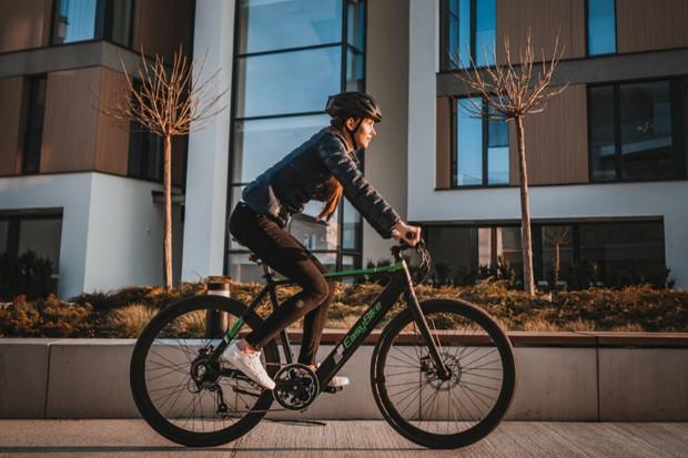 Jízda na kole bez dřiny? Redakce fDrive.cz byla u představení elektrokol EasyBike