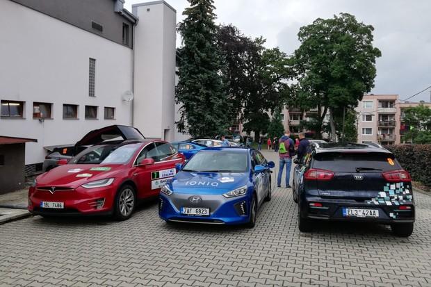 Kontroverzní ECO Rally Bohemia 2019: zrušené etapy i policie