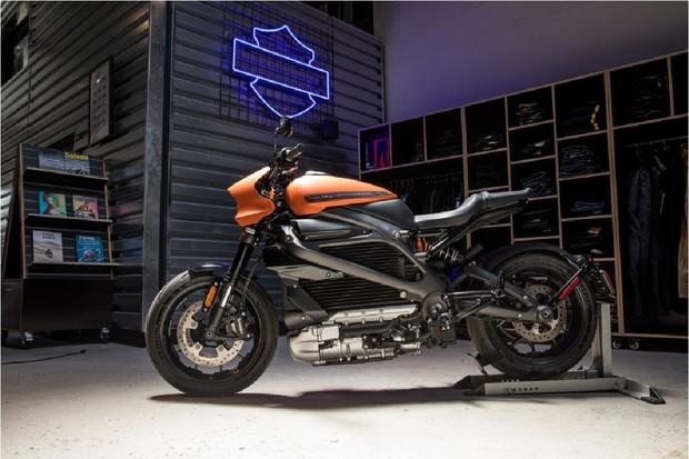 Harley-Davidson zbavil LiveWire všech tajemství. Známe úplné specifikace i cenu
