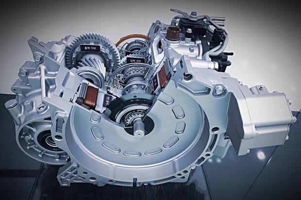 Kia vyvinula technologii aktivního řazení pro hybridy. Nasadí ji už příští rok
