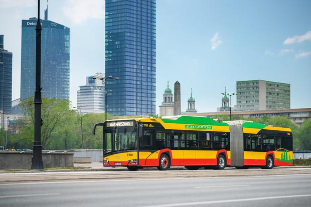 Další velkou zakázku na elektrobusy obdržel Solaris. Objednala si je Varšava
