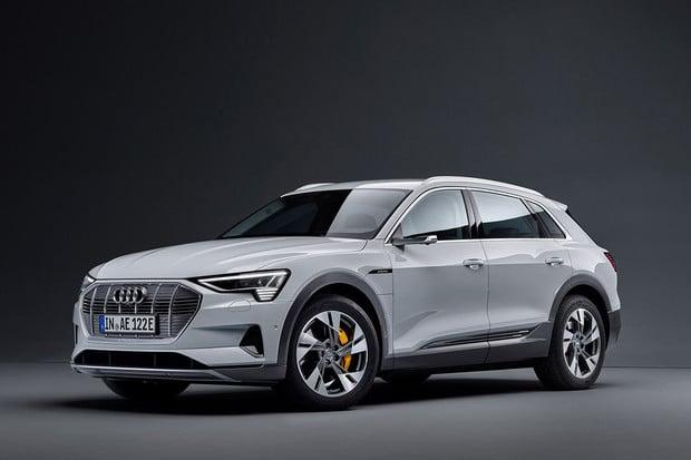 Dostupnější Audi e-tron 50 už si můžete objednat i v Česku