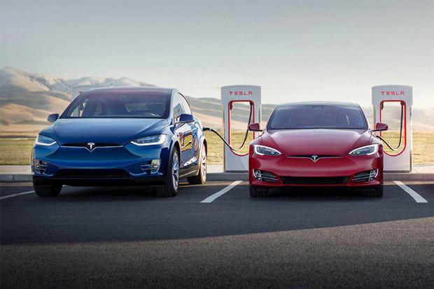 Tesla pro nové Modely S a Modely X znovu nabízí nabíjení na Superchargerech zdarma