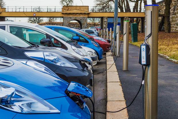 Elektromobilita není zdaleka všude stejně daleko. Krásný důkaz je Indie