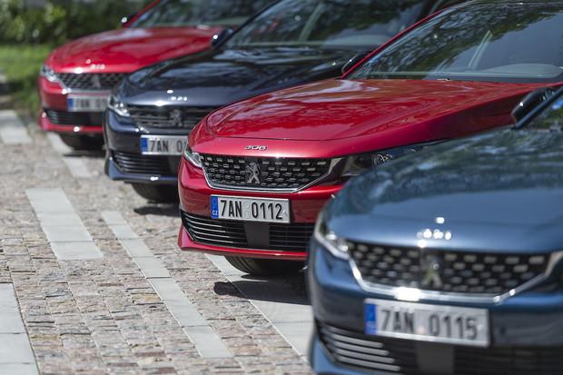Prodeje Peugeotu v červenci klesly, i tak šlo o druhý nejlepší výsledek v historii