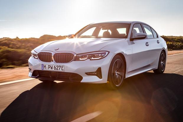 Nové BMW řady 3 konečně také v plug-in hybridní verzi. Ujede až 66 km na elektřinu