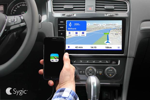 Sygic nabízí konektivitu pro Android. Přímo v Android Auto však nefunguje