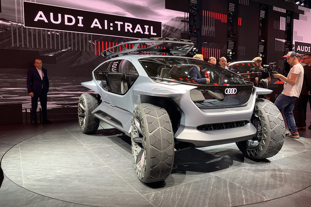 Audi se vydává vstříc budoucnosti mimo zpevněné cesty