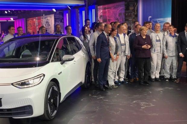 """Od Trabanta po ID.3. Prošli jsme si továrnu """"lidového"""" elektrického Volkswagenu"""