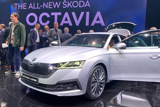 Nová Škoda Octavia je tady a my jsme ji prozkoumali. Bude i jako hybrid